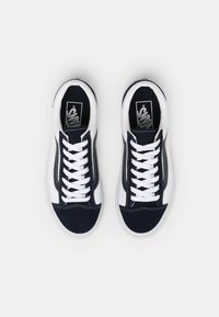 Vans - STYLE 36 UNISEX - Trainers - dress blues/true white - 3