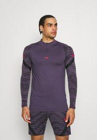 Nike Performance - Sports shirt - dark raisin/black/siren red - 0