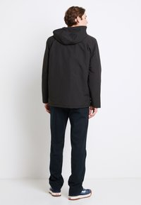 Vans - DRILL CHORE COAT - Light jacket - black - 2