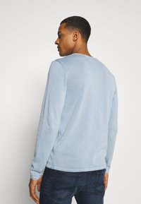 Jack & Jones - JJELEO  - Svetr - faded denim - 2
