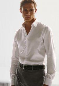 Massimo Dutti - SLIM-FIT - Formal shirt - white - 5