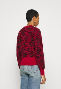 Calvin Klein Jeans - ZEBRA  - Jumper - red hot - 2