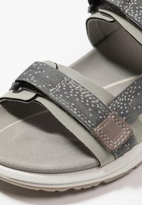 ECCO - X-TRINSIC - Outdoorsandalen - moon - 5