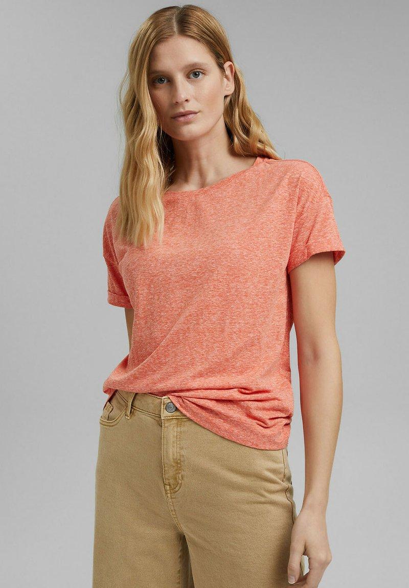 Esprit - PER COO CLOUDY - Basic T-shirt - orange red