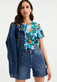 WE Fashion - Print T-shirt - light blue - 4