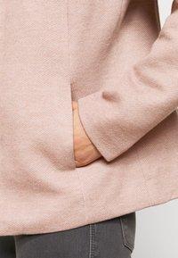 ONLY Petite - ONLSEDONA JACKET - Lehká bunda - mocha mousse - 5