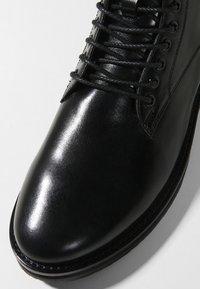 Walk London - JAZZ LACE UP BOOT - Šněrovací kotníkové boty - black - 5