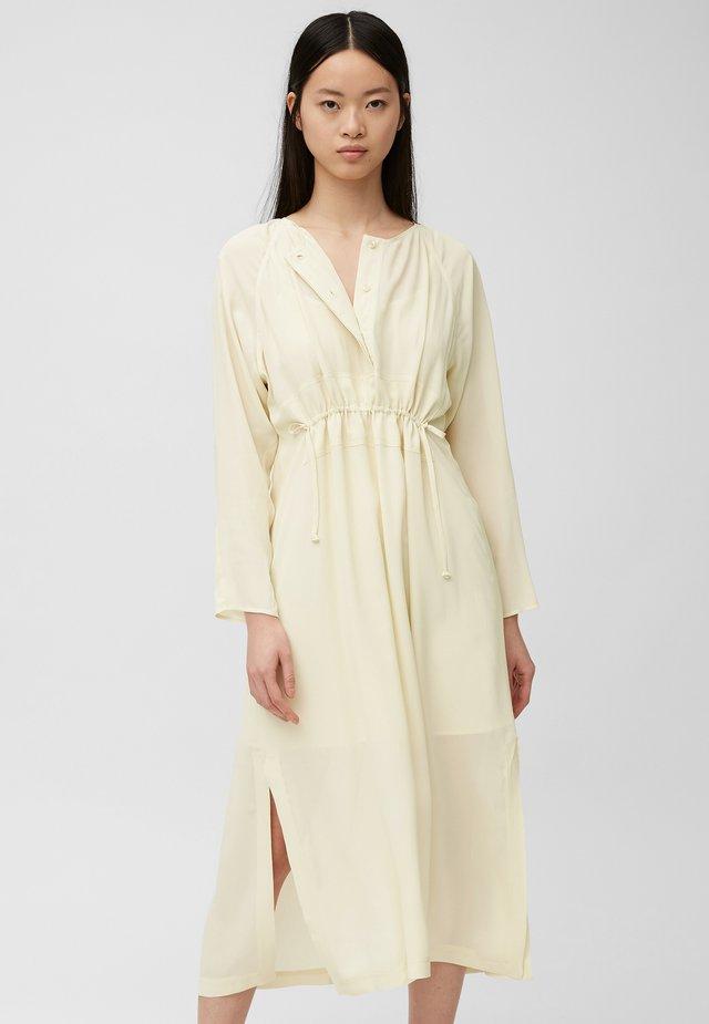 Korte jurk - vanilla