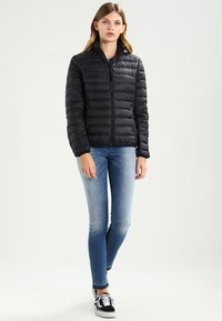 Urban Classics - LADIES BASIC JACKET - Dunjakke - black - 1