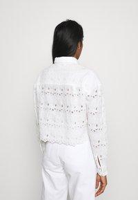 River Island - DENVER CROPPED SHACKET - Button-down blouse - white - 2