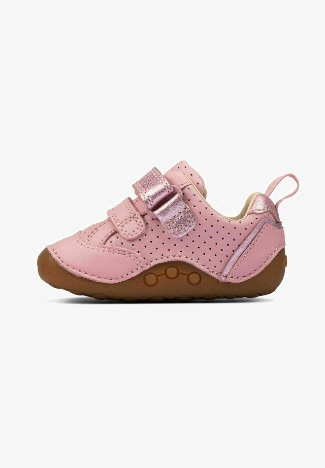 Babyschoenen - light pink leather
