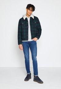 TOM TAILOR DENIM - SLIM PIERS - Jeans slim fit - used mid stone blue denim - 1