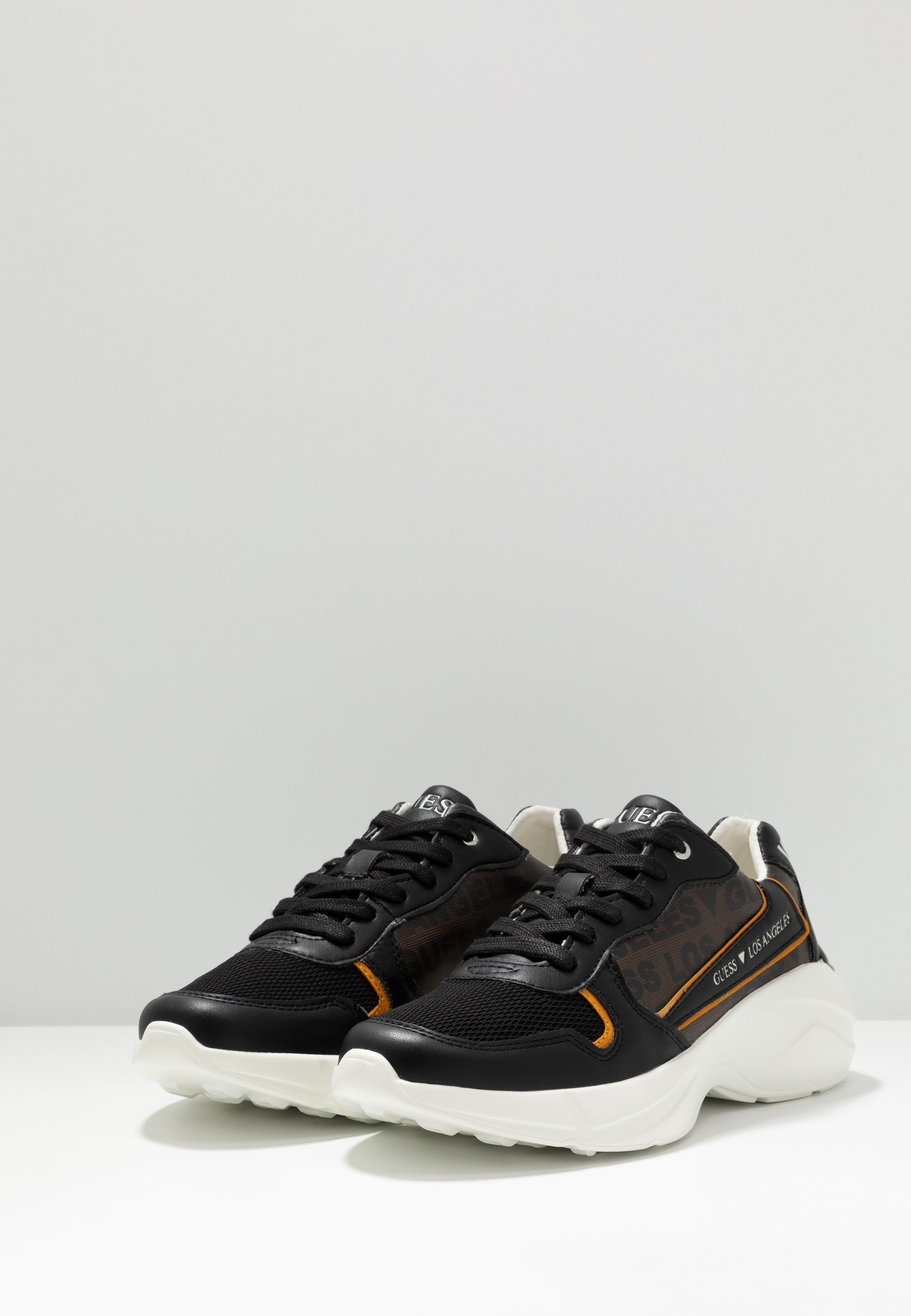 Guess VITERBO - Sneaker low - brown/braun - Herrenschuhe aRsDs