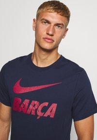 Nike Performance - FC BARCELONA TEE GROUND - Tekninen urheilupaita - obsidian - 3