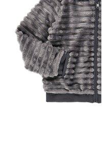 Boboli - MIT FELL UND MÜTZE FÜR MÄDCHEN - Winter jacket - anthracite - 5