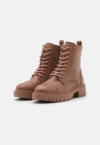 ALDO - REILLY - Lace-up ankle boots - bone - 2