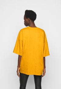Missguided Tall - T-shirt basic - yellow - 2