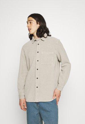 ACID WASH SHACKET - Summer jacket - stone