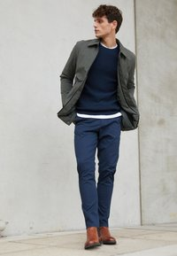 Selected Homme - SLHBERG CREW NECK - Jumper - navy blazer/melange - 3