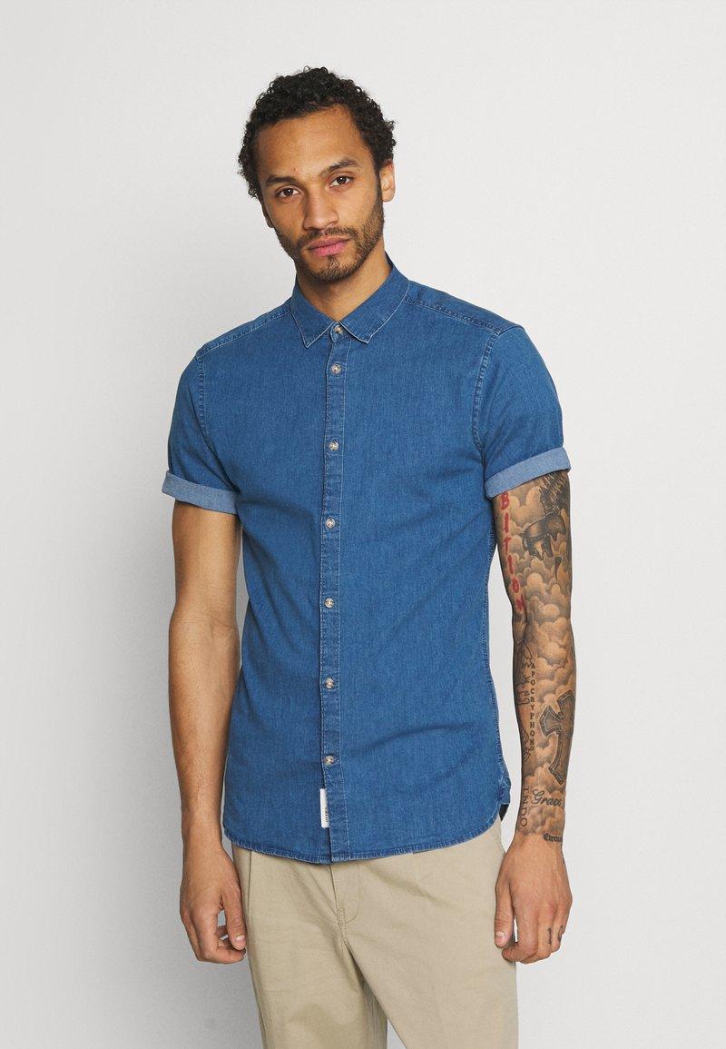 Only & Sons - ONSTROY LIFE CHAMBRAY STRETCH  - Overhemd - medium blue denim