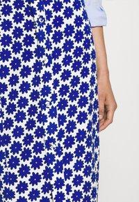 Diane von Furstenberg - CALANDRA SKIRT - Pencil skirt - true blue - 4
