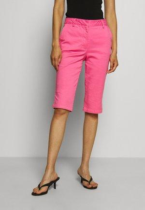 CAPRI PANT - Shorts - doll pink