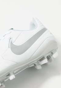 Nike Performance - TIEMPO JR LEGEND 8 ACADEMY FG/MG UNISEX - Moulded stud football boots - white/chrome/pure platinum/metallic silver - 2