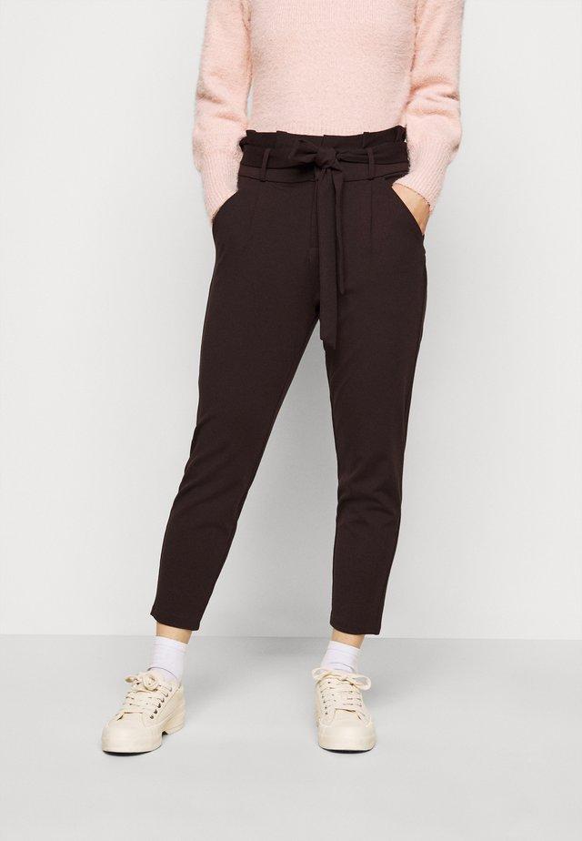 VMEVA LOOSE PAPERBAG PANT - Trousers - chocolate plum