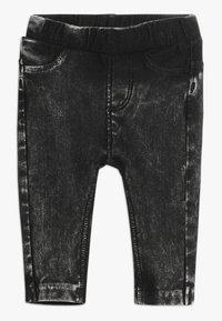 Noppies - PANTS SLIM BABY - Jeggings - dark grey wash - 0