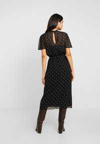 Dorothy Perkins Tall - BILLIE BLOSSOM SPOT BELTED FIT & FLARE - Day dress - black - 3