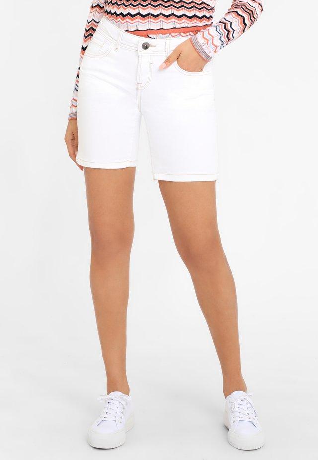 Shorts di jeans - weiß