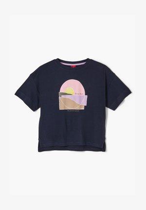 MIT FRONTPRINT - Print T-shirt - navy