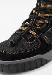 Diesel - S-RUA MID SP - Sneakers high - black - 5