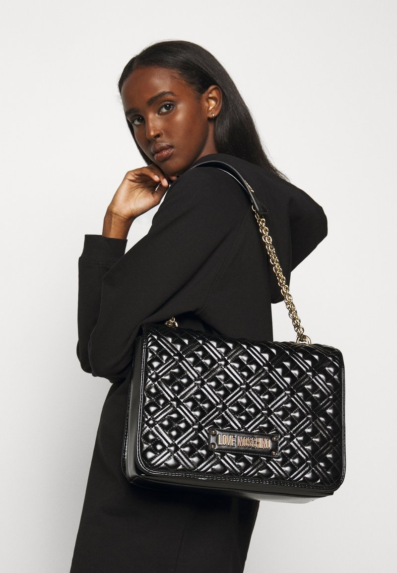 Love Moschino - BORSA QUILTED - Sac à main - black