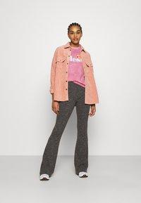 Ellesse - NEWHAY - Print T-shirt - pink - 1