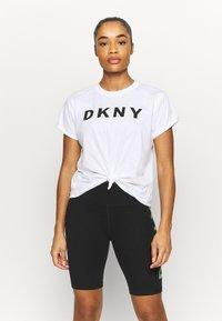 DKNY - EXPLODED LOGO BOXY TEE - Print T-shirt - white - 0