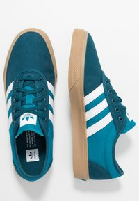 adidas Originals - ADI-EASE - Trainers - tech mint/footwear white/activ teal - 1