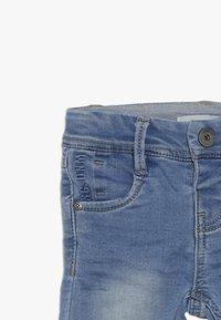 Name it - NMMROBIN DNMTOBO PANT - Straight leg -farkut - light blue denim - 3