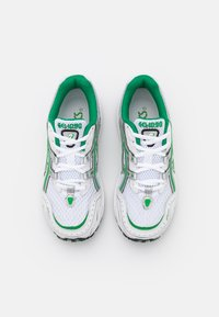 ASICS SportStyle - GEL 1090 - Trainers - white/green - 5