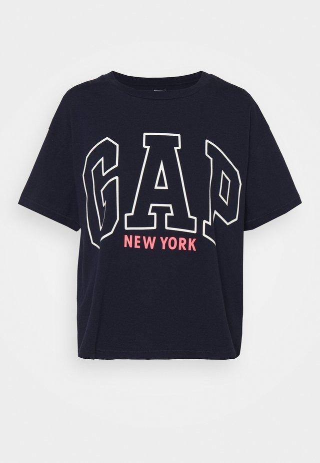 EASY TEE - T-shirts med print - navy uniform