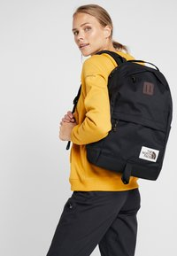 The North Face - DAYPACK - Rucksack - black heather - 2