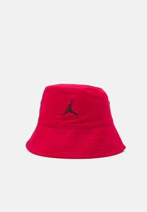BUCKET HAT UNISEX - Hat - gym red