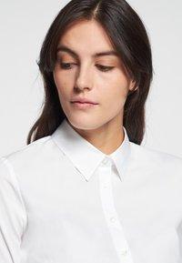 Seidensticker - LANGARM - Button-down blouse - weiß - 3