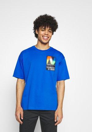 Print T-shirt - cobalt
