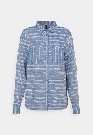 YASELMA ICON - Button-down blouse - cashmere blue/white