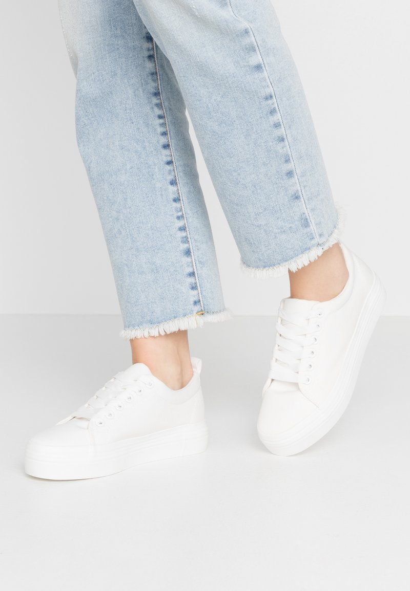 Dorothy Perkins - IYLA LACE UP - Trainers - white