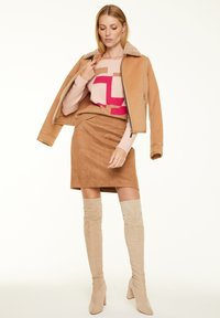 comma - Jumper - block stripe knit - 1