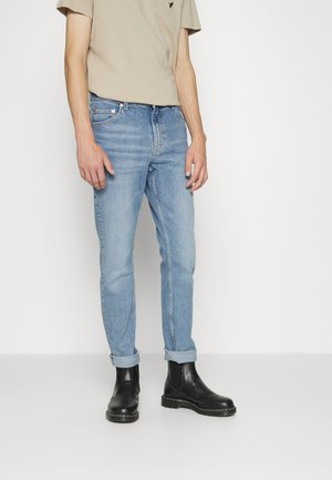 SUNDAY - Jeans Tapered Fit - emmylu blue