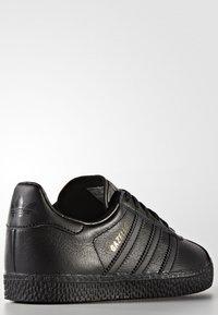 adidas Originals - GAZELLE - Trainers - core black - 3