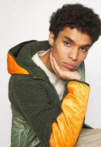 Nike Sportswear - WINTER - Winter jacket - vintage green/spiral sage/kumquat - 4